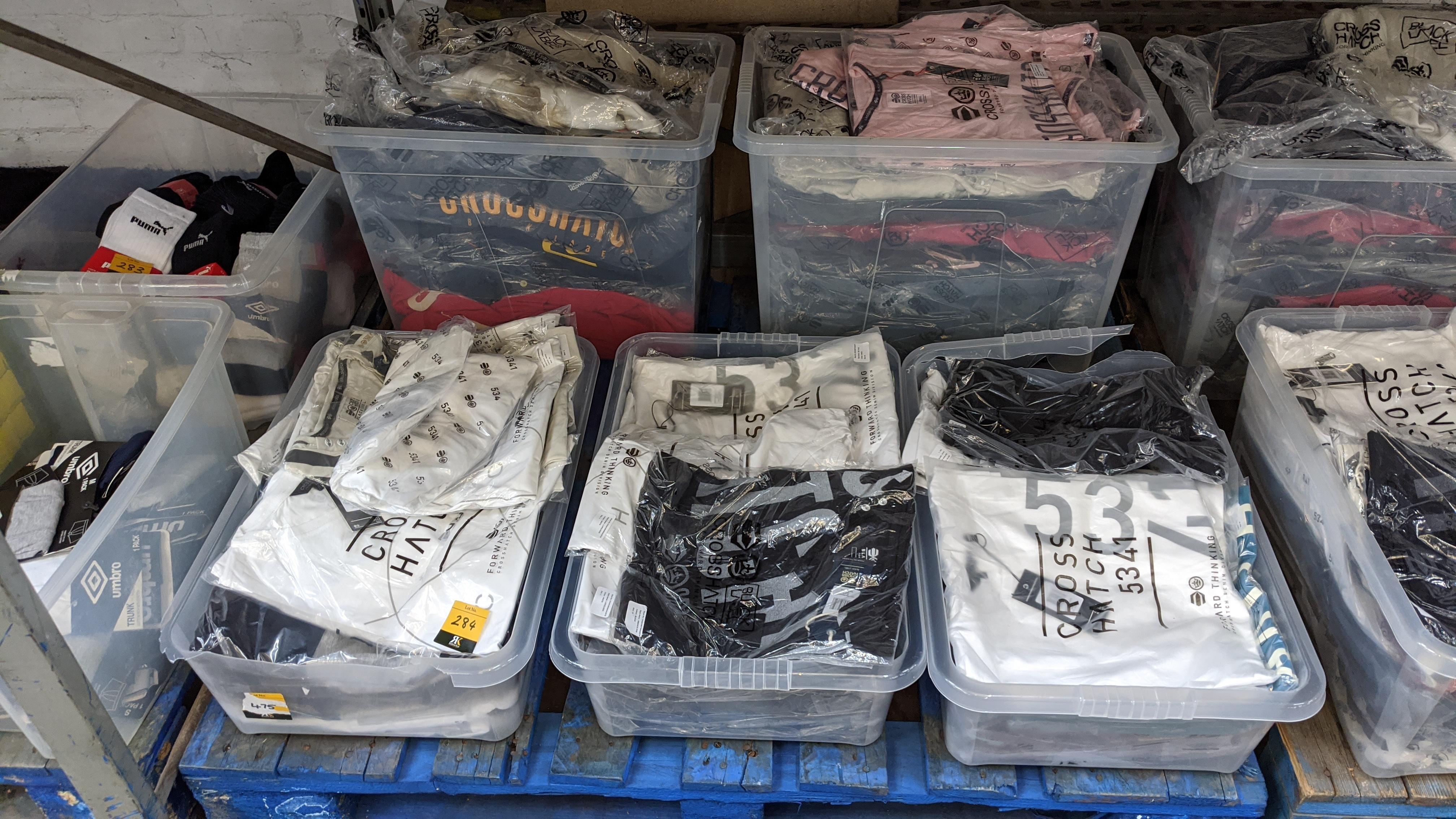 Very large quantity of primarily men's designer clothing & accessories. - Image 47 of 157