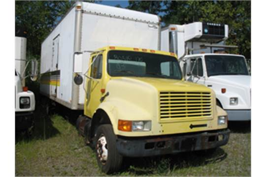 1993 International Navistar 4700 Van Truck, DT466 Diesel