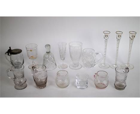 Lot with diverse 19thC glassware spiral glasses and engraved glasses Lot met divers 19e eeuws glaswerk. O.a. spiraal- en gegr