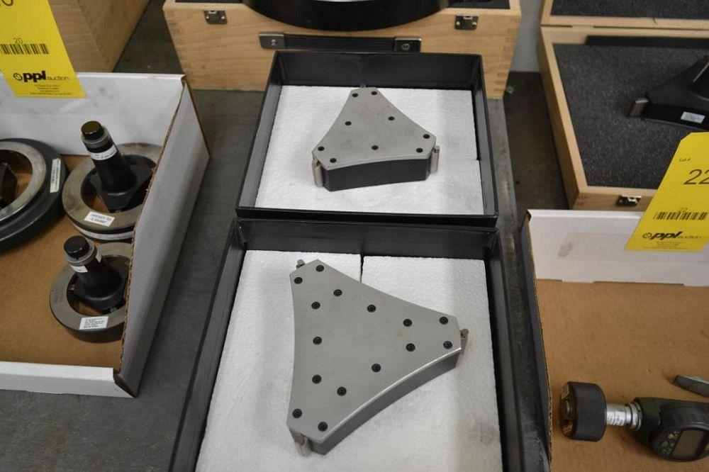 LOT: (2) Fowler Bowers Holematic Bore Gauge Adaptors