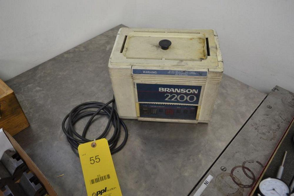Branson 2200 Ultrasonic Cleaner