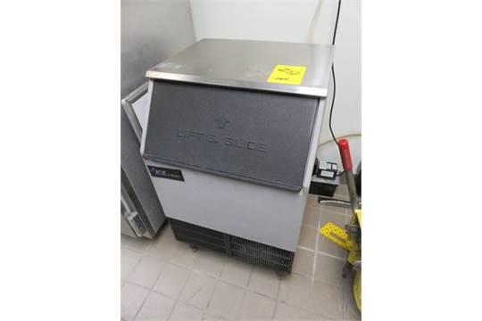 ice o matic ice machine model iceu220ha1 sn 05071280011038 ice bin with - Ice O Matic Ice Machine