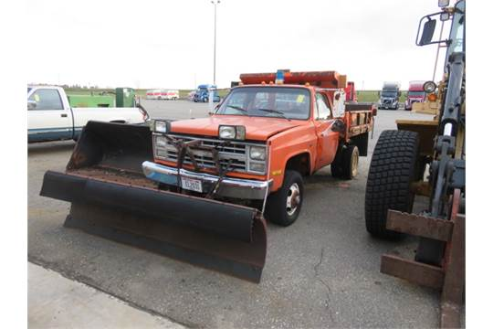 Custom Single Axle Trucks : Chevrolet single axle dump plow truck model custom