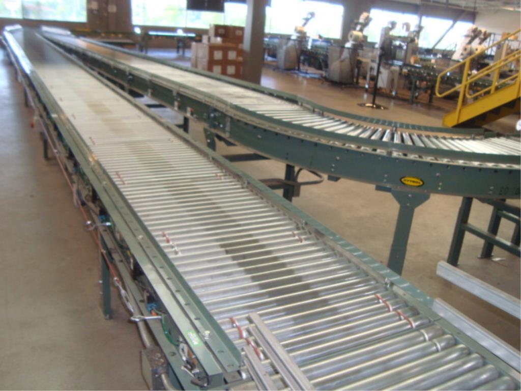 Lot 185 - Powered Roll Conveyor