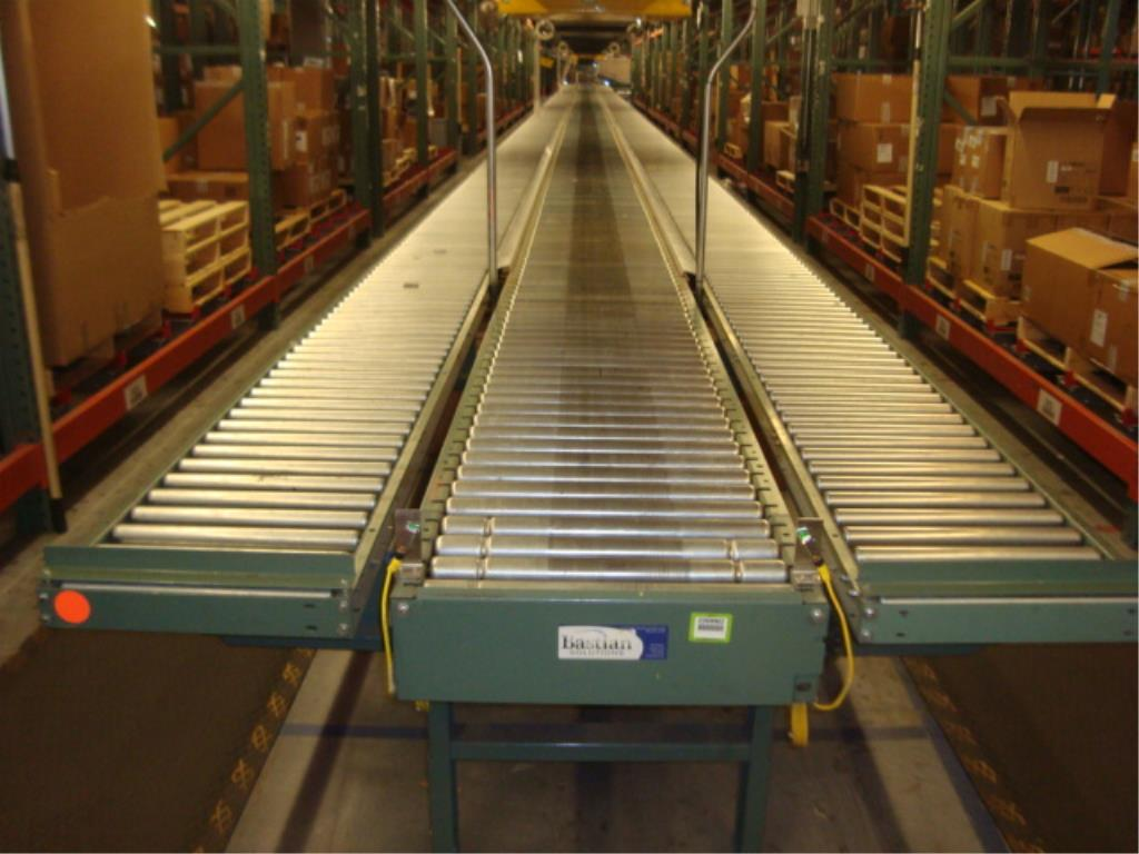 Lot 202 - 3-Lane Conveyor