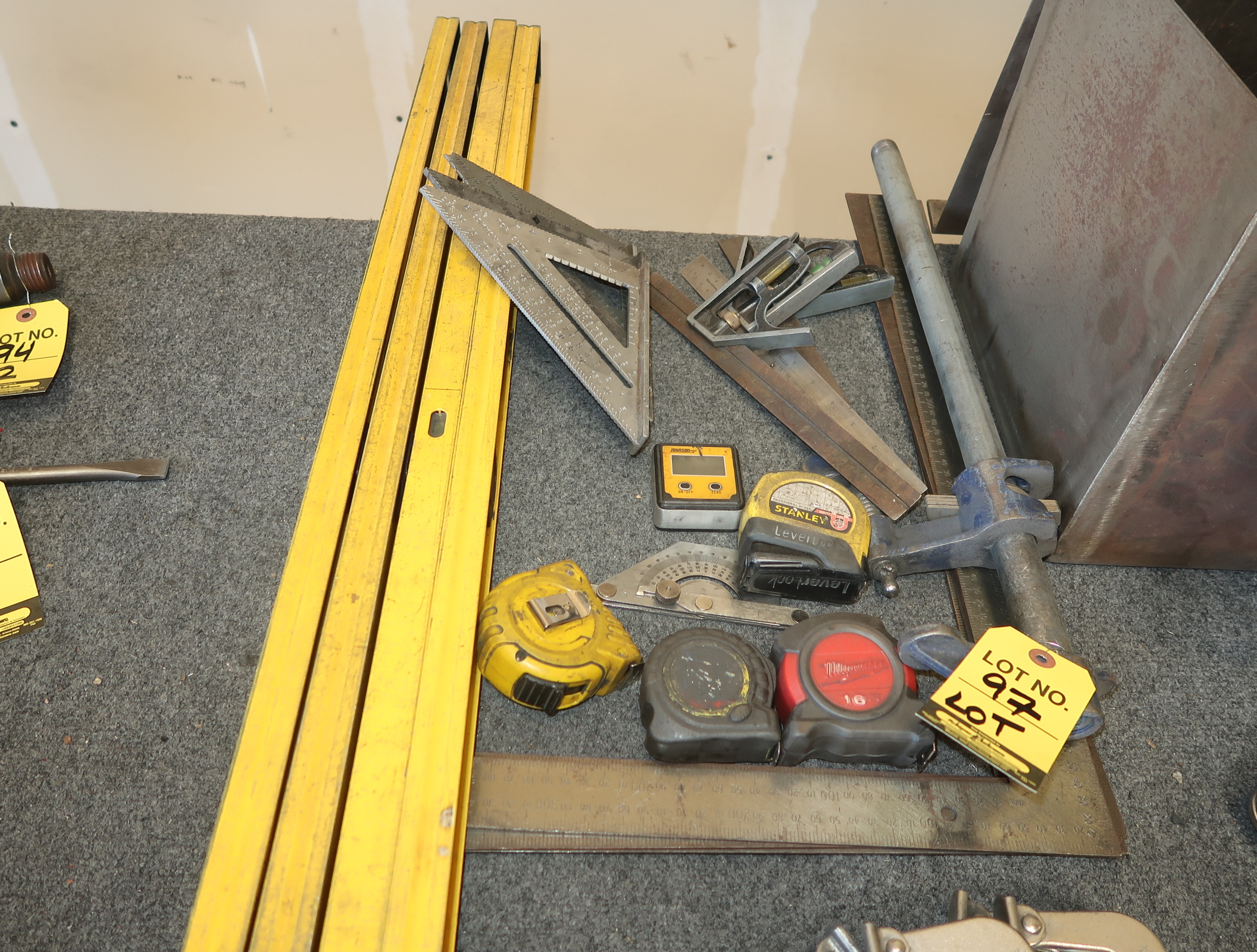 Lot 97 - 4' LEVELS, TAPE MEASURES, SPEED SQUARES, ETC.