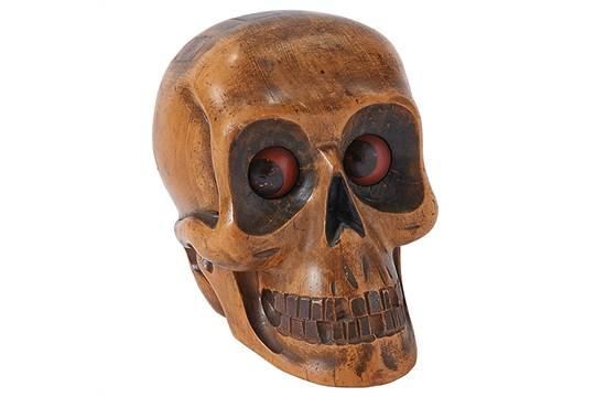 oswald wooden skull clock 2