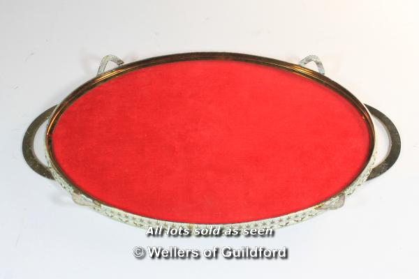 A 1950's dressing table set comprising oval tray, mirror, brush and two powder bowls. - Image 8 of 8