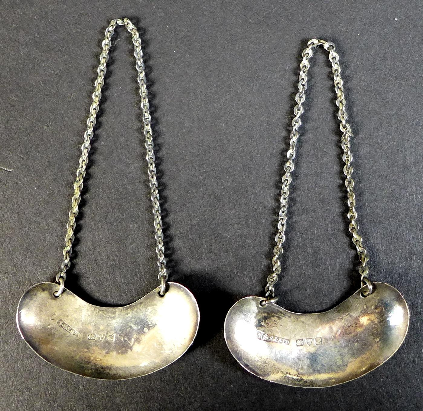 A pair of Edwardian clear glass and silver mounted noggin flasks, each of tapering form with mounted - Image 15 of 17