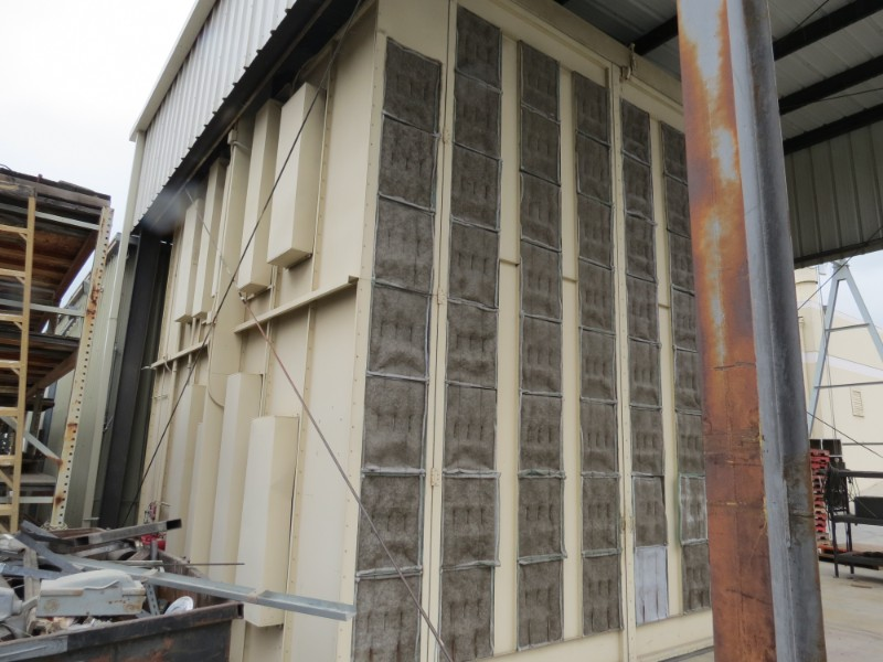Lot 30 - 18' W x 20' L x 18' H Spray Paint Booth with filters (Located in Simi Valley, CA)