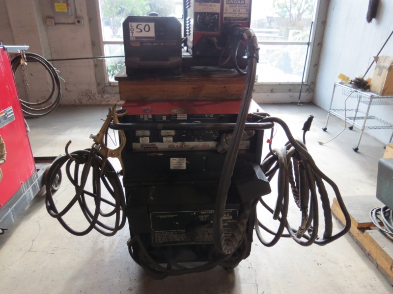 Lot 33 - *Must be paid & picked up by 1/18/19* Lincoln Idealark DC 600 Welder, Cool Arc 40, & Wire Feeder