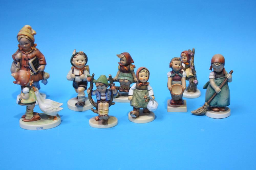 Lot 33 - Nine various Hummel figures