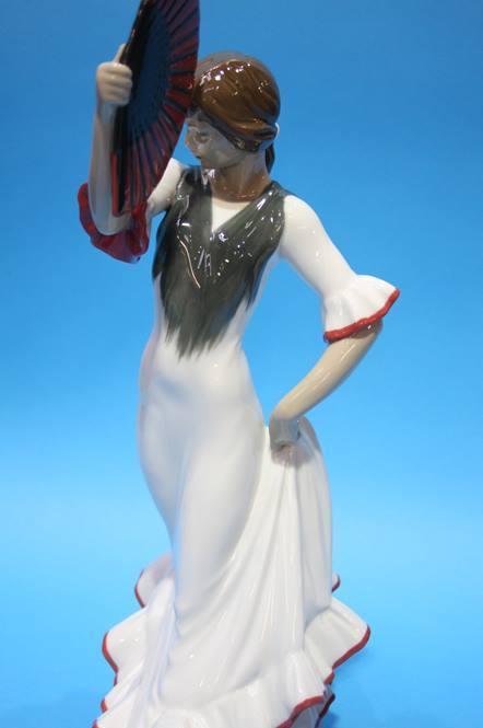 Lot 13 - A Lladro 'Spanish Flamenco' dancer 38cm height