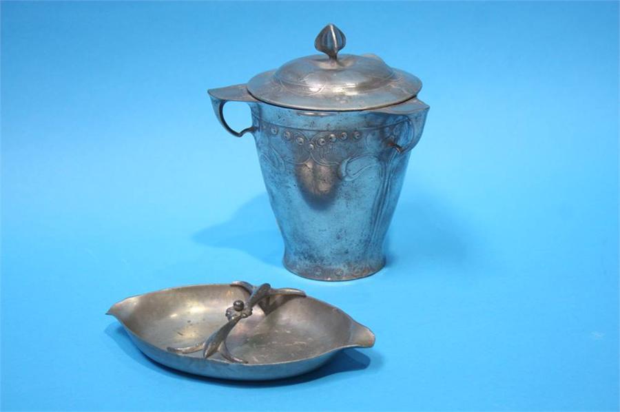 Lot 35 - A Kayserzinn pewter Art Noveau lidded vase with 3
