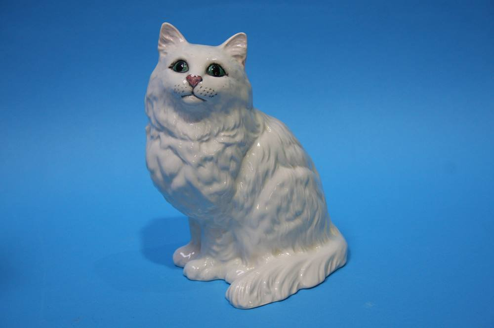 Lot 26 - A Winstanley cat and a Beswick cat