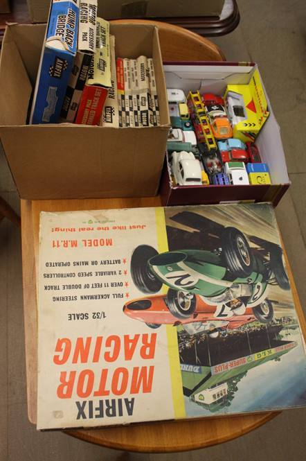 Lot 110 - Assorted toys including airfix motor racing