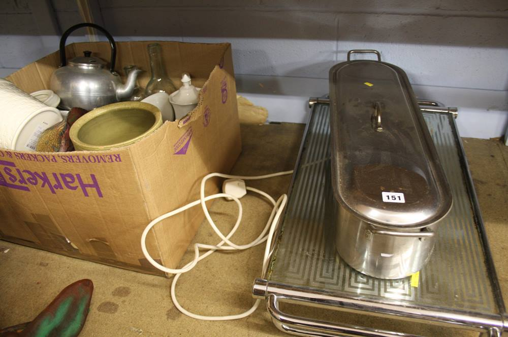 Lot 151 - Hot plate, fish kettle etc.