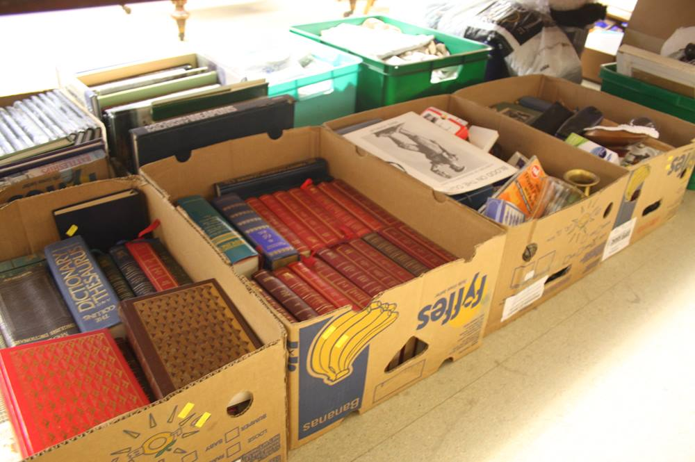 Lot 134 - 4 boxes assorted