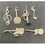 6x vintage silver musical themed charms 13g