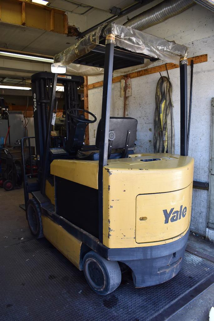 Lot 67 - Yale 6000 lb. Model ER0060RFN368E084 Electric Forklift Truck, S/N E108V038261, 3-Stage Mast, Side
