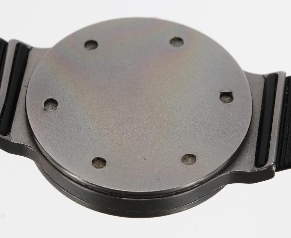 Lot 144 - IWC (International Watch Co) Porsche Design mid size titanium gentleman's wristwatch, ref. 3330, no.