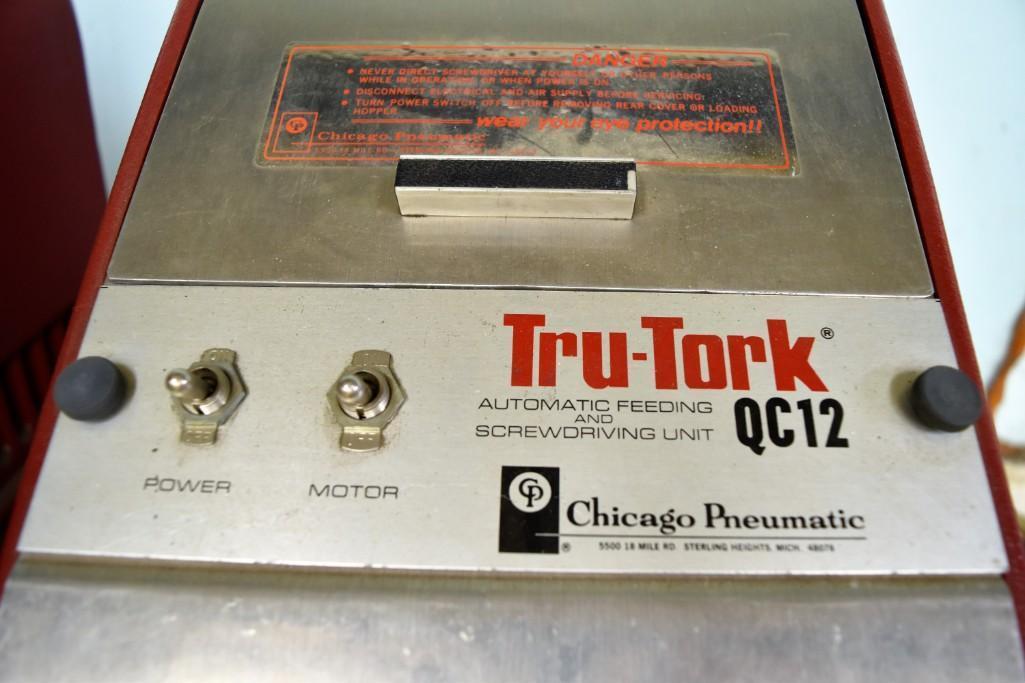 Chicago Pneumatic Model Tru-Tork QC12 Automatic Feeding & Screwdriving Machine - Image 3 of 4
