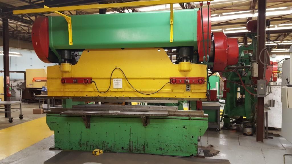 Dreis & Krump 150-Ton x 12' Model 5510-D Mechanical Press Brake S/N: P-9079