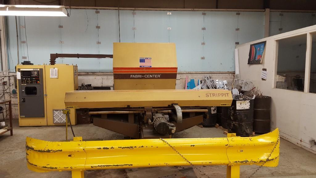 Strippit 30-Ton Model FC-1000XT CNC Turret Punch S/N: 9-037113088C