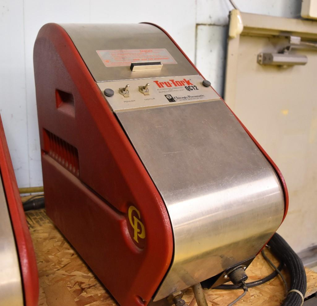 Chicago Pneumatic Model Tru-Tork QC12 Automatic Feeding & Screwdriving Machine - Image 2 of 4