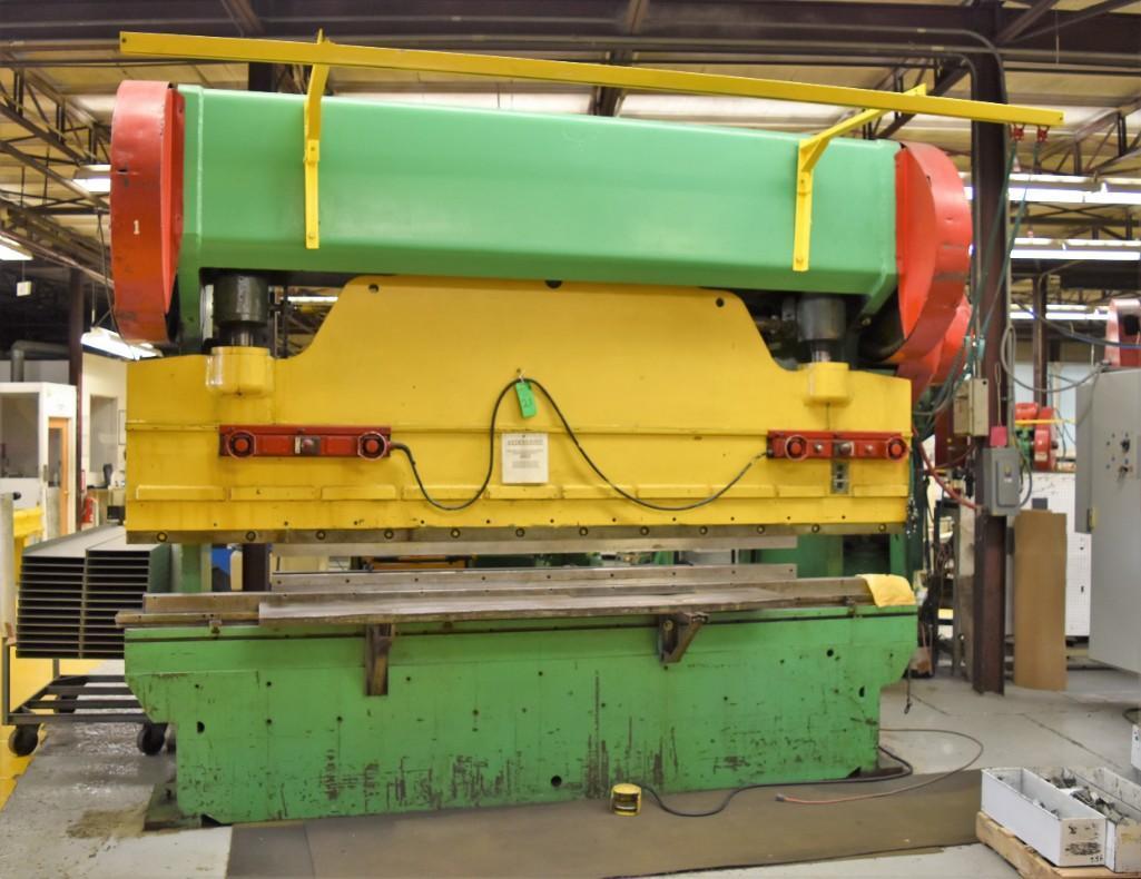 Dreis & Krump 150-Ton x 12' Model 5510-D Mechanical Press Brake S/N: P-9079 - Image 2 of 8