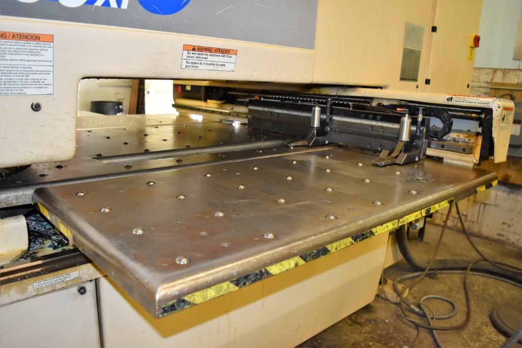 Strippit 20-Ton LVD U1000XP20 CNC Turret Punch S/N: 030102893 - Image 3 of 11