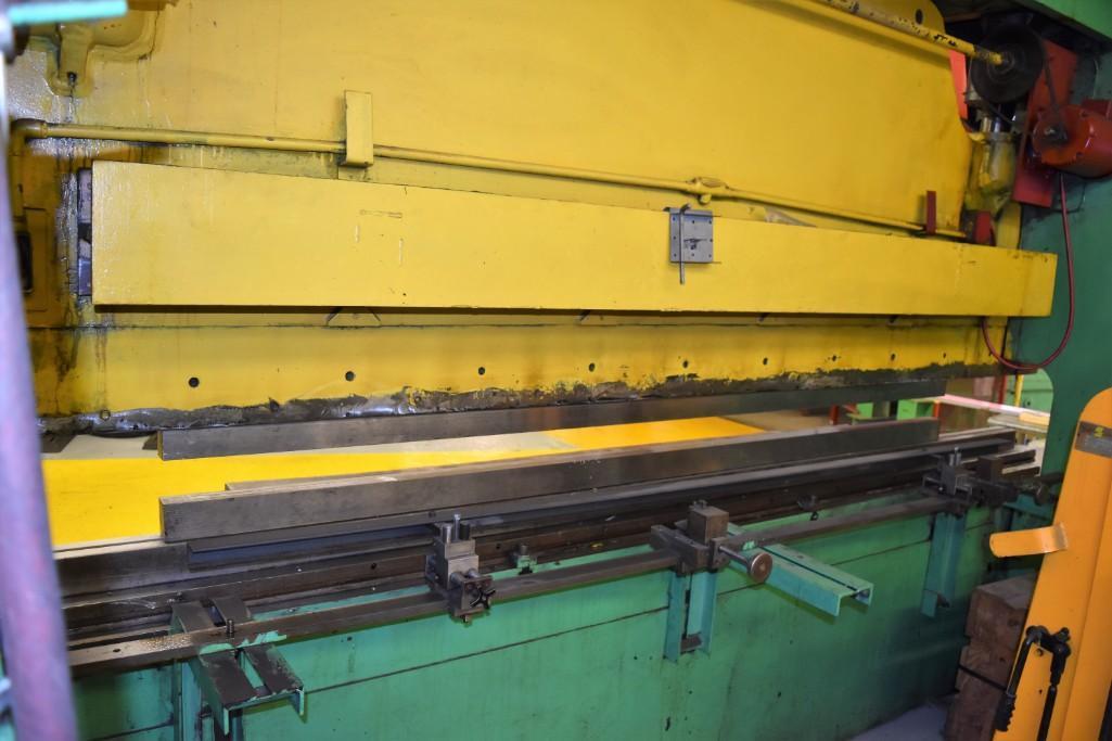 Dreis & Krump 150-Ton x 12' Model 5510-D Mechanical Press Brake S/N: P-9079 - Image 6 of 8