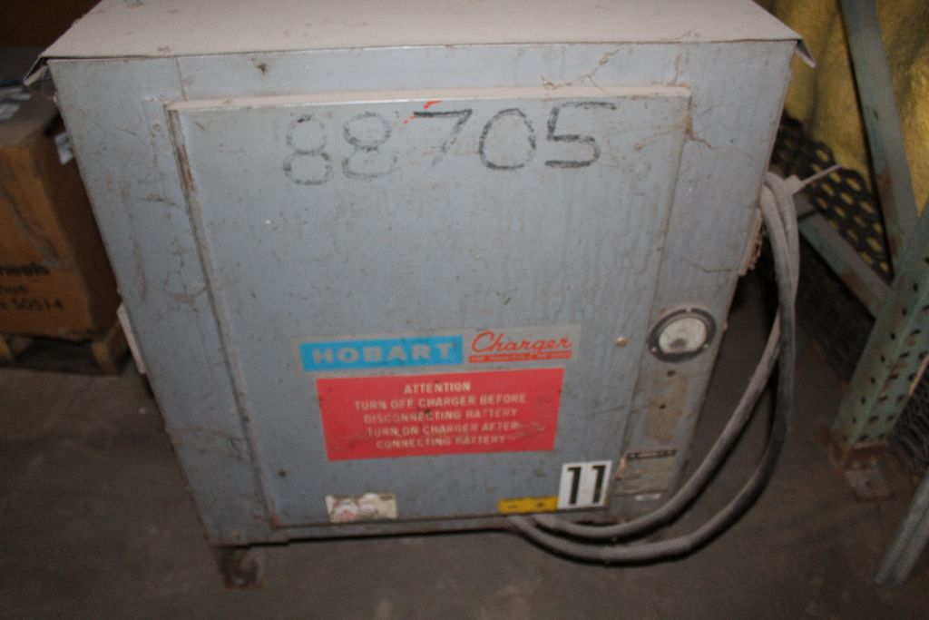 Hobart charger, model 3R-18960, sn 8TRY-7547, 48 v., 208/230. - Image 2 of 2