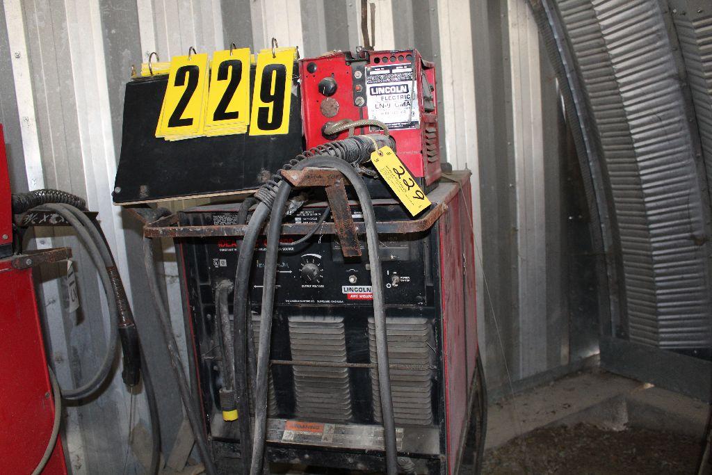 Lincoln welder model CV-400, sn U1930812939.