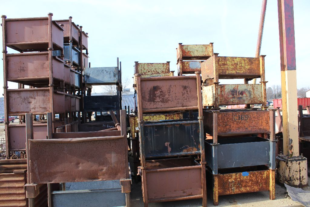 Approx. 80 parts tubs. Selling by the piece.