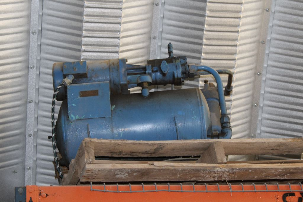 Hydraulic power unit.