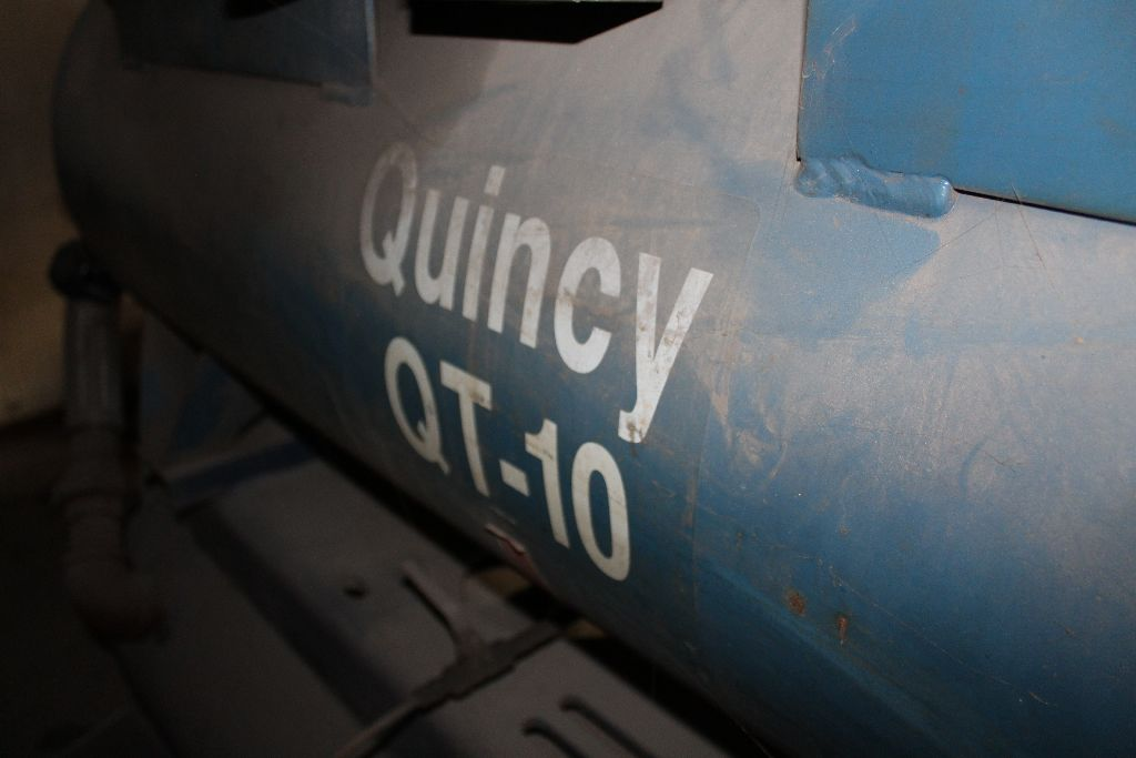 Quincy QT-15 air compressor, 15 hp., twin stack tanks, 2 cyl. - Image 3 of 6