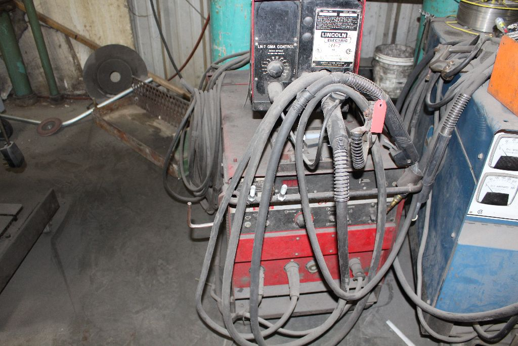 Lincoln welder CV300, sn U5980402048. - Image 5 of 5