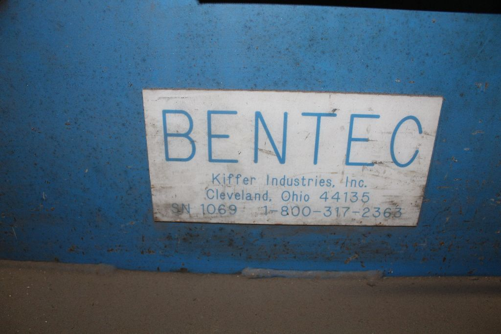 Bentec hydraulic bender, model BT2000, sn 1069, 240 V, 3 phase. - Image 3 of 5