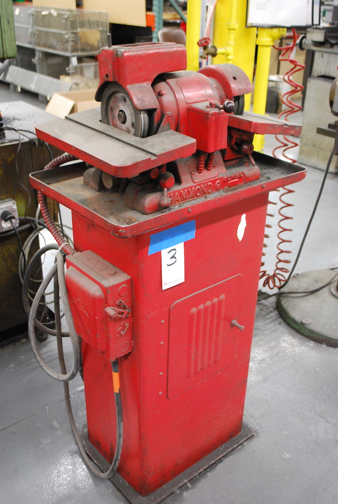 """Lot 3 - HAMMOND 6"""" DOUBLE END CARBIDE GRINDER: S/N 2233; 8"""" X 14"""" TABLES; 1/2HP"""