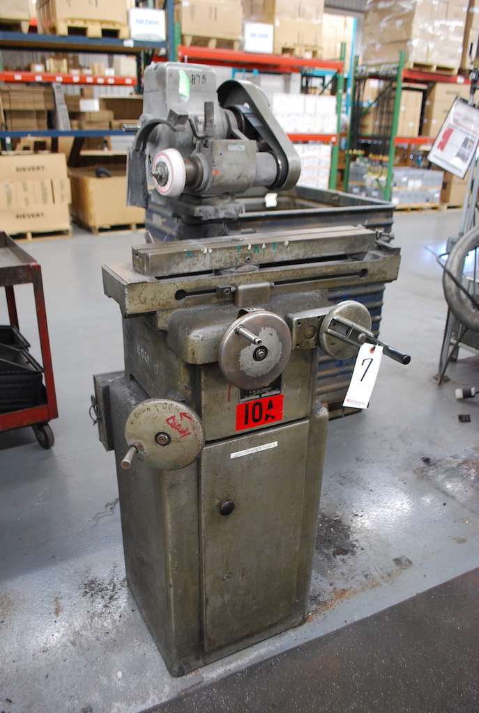 Lot 7 - K.O. LEE MODEL B360 TOOL & CUTTER GRINDER: S/N 9850-866; 1/2HP; 3450 RPM