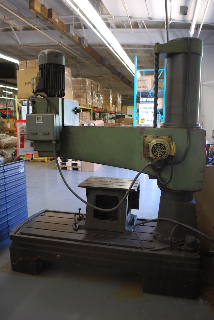"Lot 1 - BOICE CRANE 12""ARM MODEL 1248 RADIAL ARM DRILL: S/N 0469937; 23-1/2"" X 18"" X 18"" T-SLOT BOX TABLE;"