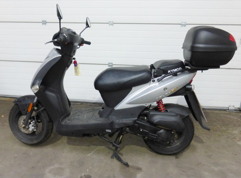 2016 kymco agility 50 scooter powered by a 50cc 4 stroke. Black Bedroom Furniture Sets. Home Design Ideas