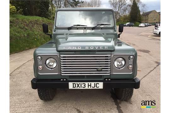 #010202 Wiking Land Rover Defender 110-Keswick Green 1:87