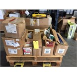 LOT CONSISTING OF 2 T. CAP. CHAIN HOIST, COME-A-LONGS & PIPE WRENCHES  LOCATED IN HOUSTON, TX