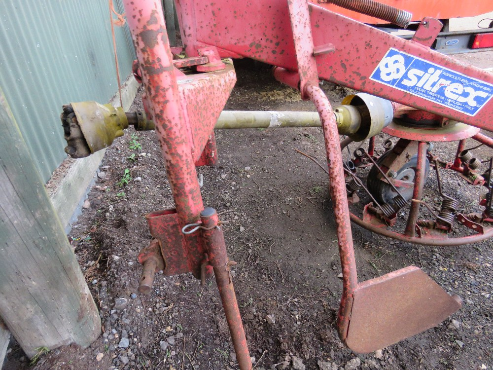 Sitrex tractor mounted hay turner - Image 3 of 3