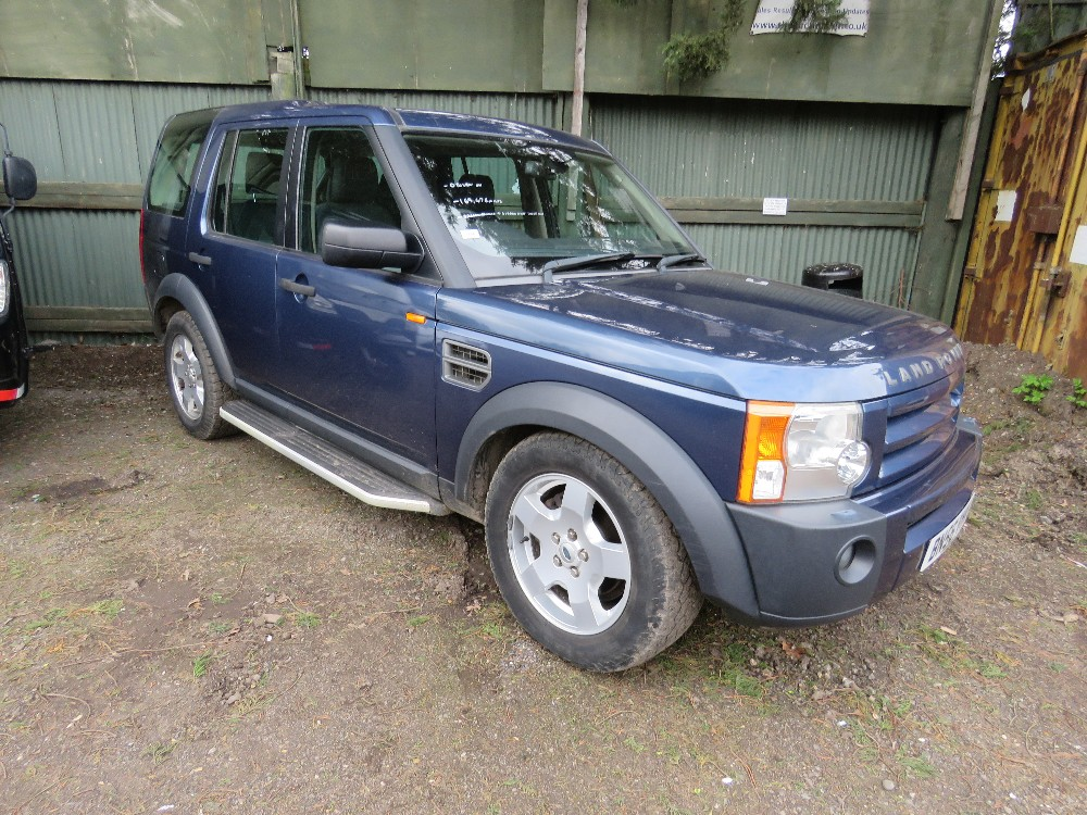 LANDROVER DISCOVERY 3 4X4 CAR, 7 SEATS, AUTOMATIC,