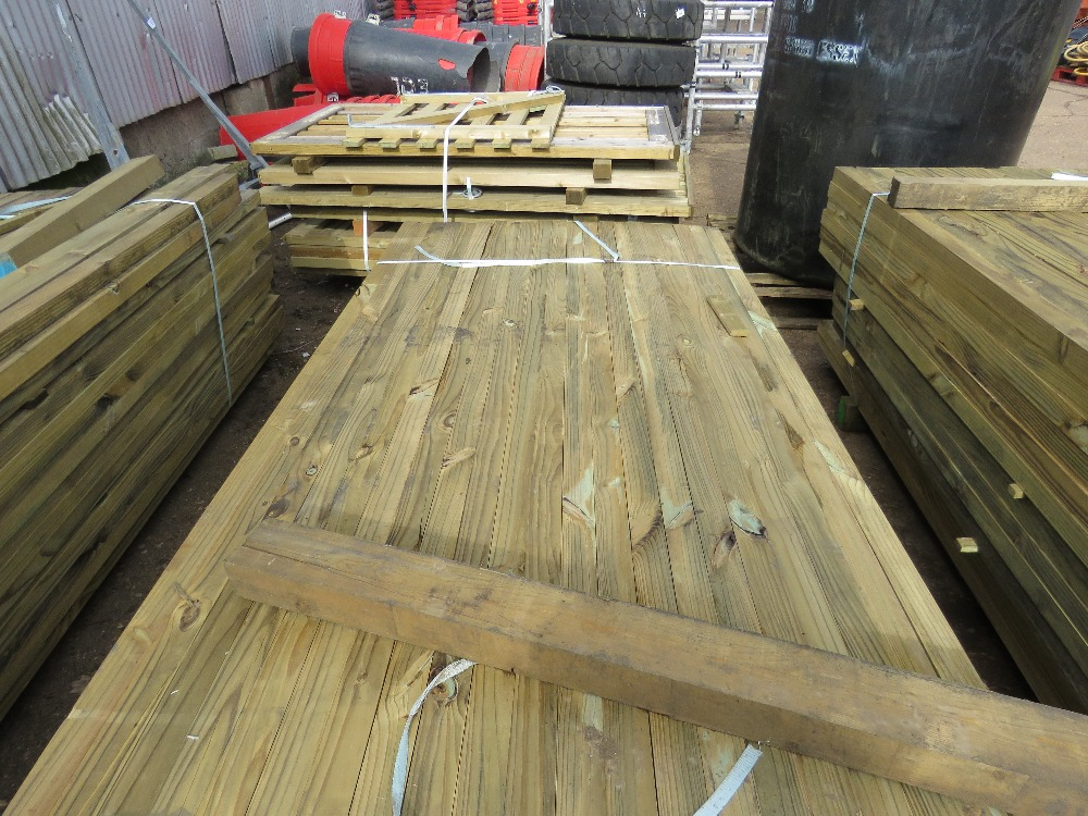 Large pack of timber posts, approx. 210no. in total, 45mmx55mm - Image 3 of 3
