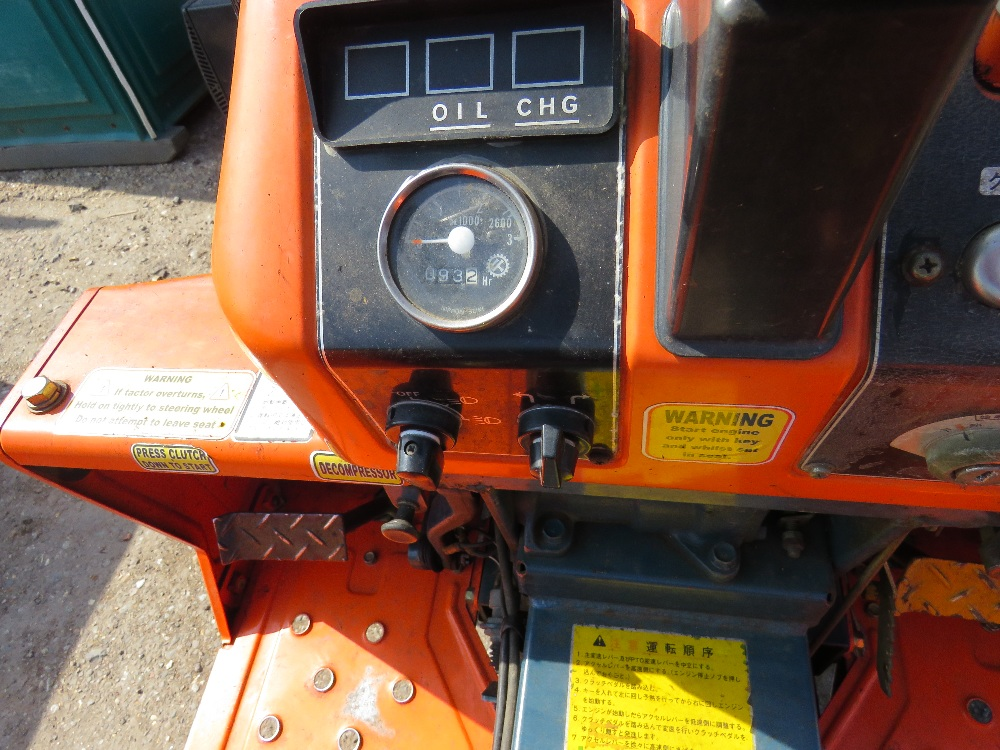 KUBOTA B1600 4WD COMPACT TRACTOR ON GRASS TYRES WITH REAR LINKAGE, NO VAT ON HAMMER PRICE - Image 5 of 6