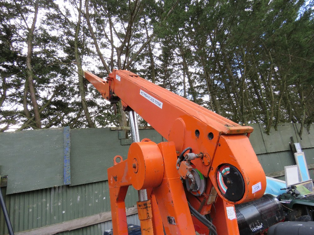 4Tonne rated telescopic crane. Runs, drives and lifts/ - Image 2 of 3